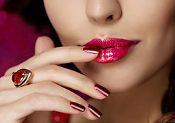 Lipstick Makeup Tips To Ensure You Are Looking Fly
