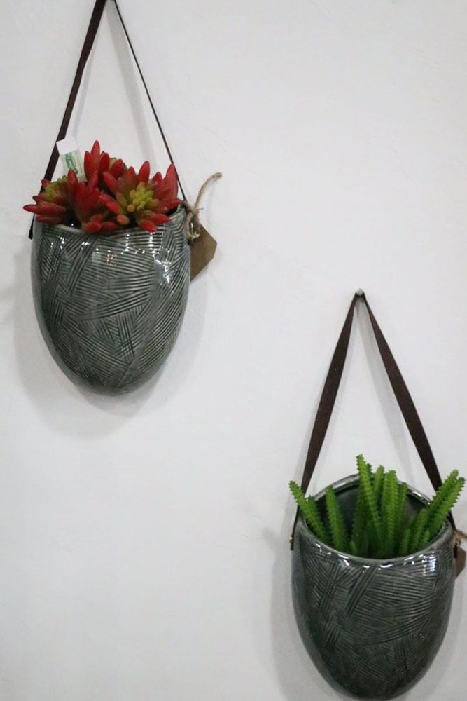 Etched Ceramic Wall Pocket Planters #ceramicpots #airplants