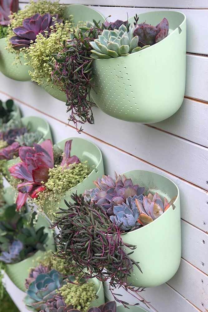 Plastic Outdoor Plant Pots Design #plasticpots #verticalpots