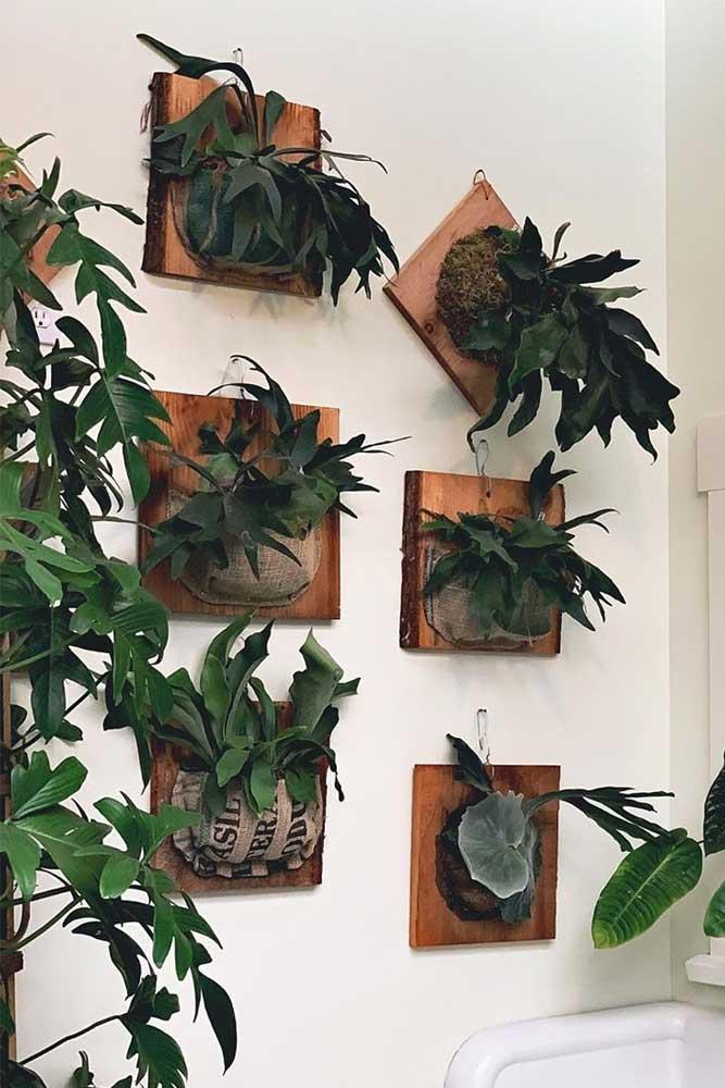 Wall Mounted Wooden Plant Pot Design #woodenpots #wallmountedpots