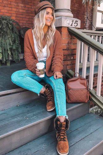 Brown Cardigan With Jeans Outfit #browncardigan #hat