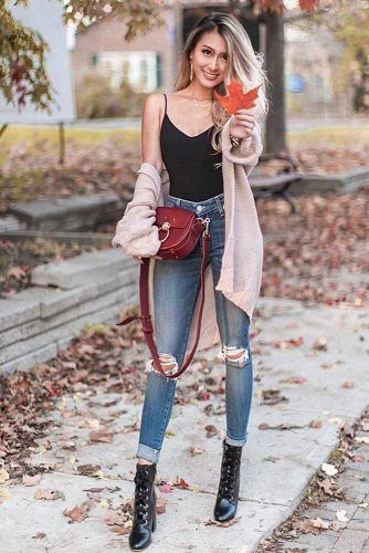 Beige Cardigan With Blue Ripped Jeans #beigecardigan #rippedjeans