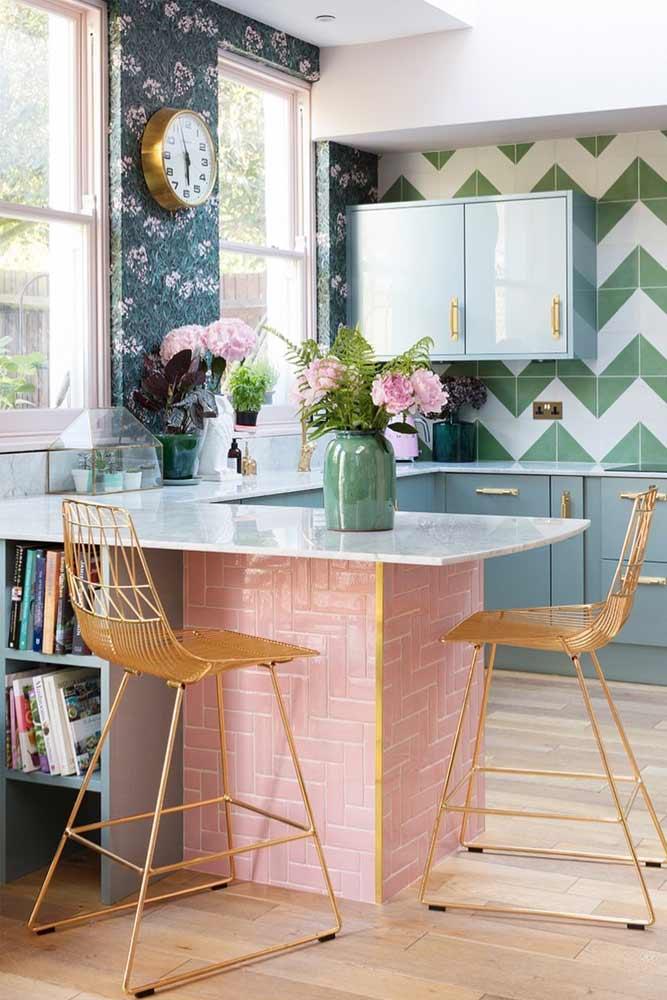 Modern Kitchen With Patterned Walls And Backsplash #patternedwalls