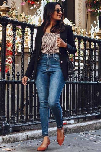 Blue Jeans, Print Top And Blazer Outfit #bluejeans #blazer