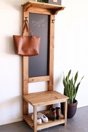 Small Wooden Design With Blackboard #smallhalltree