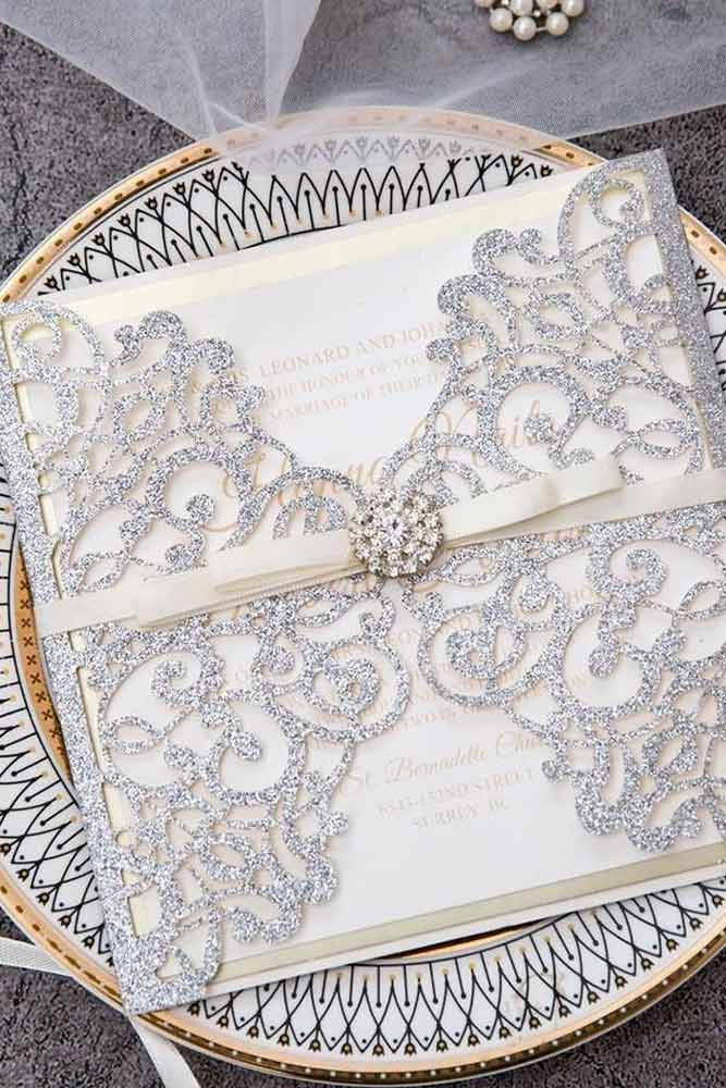 When Should You Get Wedding Invitations? #weddingplanning