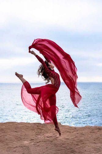 Dancing Model Pose #dance #movement