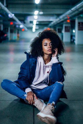 Sitting On The Floor #underground #models