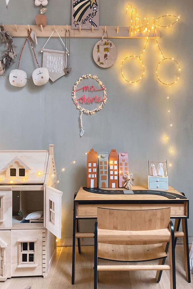 Kids Room With Bright Wall Décor And Bamboo Desk #bambootable #walldecor