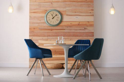 Add Tremendous Charm To Your Interior With A Proper Round Dining Table