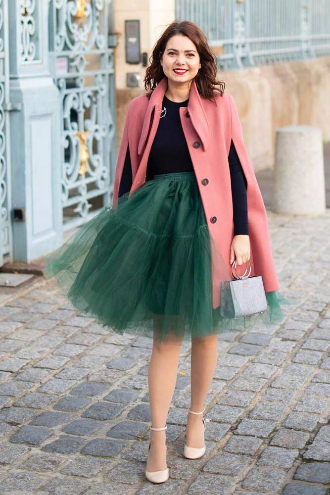 Green Tulle Skirt With Black Top Outfit #greentulleskirt