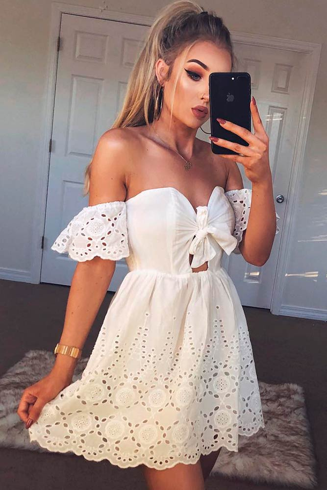 Off The Shoulders Mini Dress #offtheshouldersdress #minidresses #whitedress