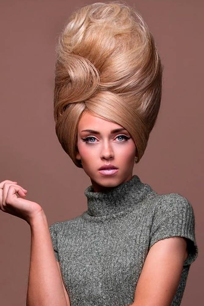 Stylish The Beehive Hairstyle #stylishhairstyles #blondehair