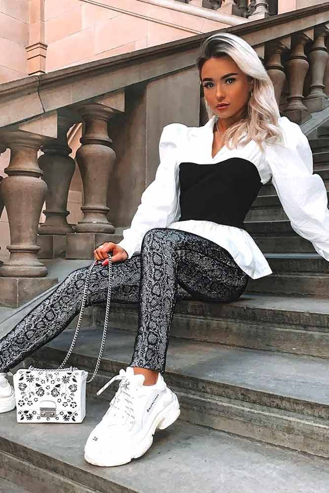 Leggings With White Blouse #blouse