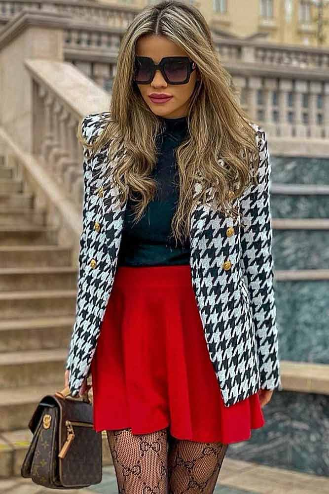 Tweed Jacket With Red Mini Skirt Outfit #printblazer #redminiskirt