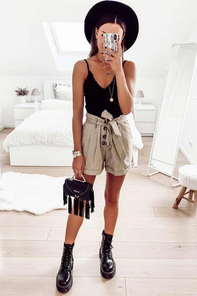 Beige Shorts With Black Top #hat #combatboots