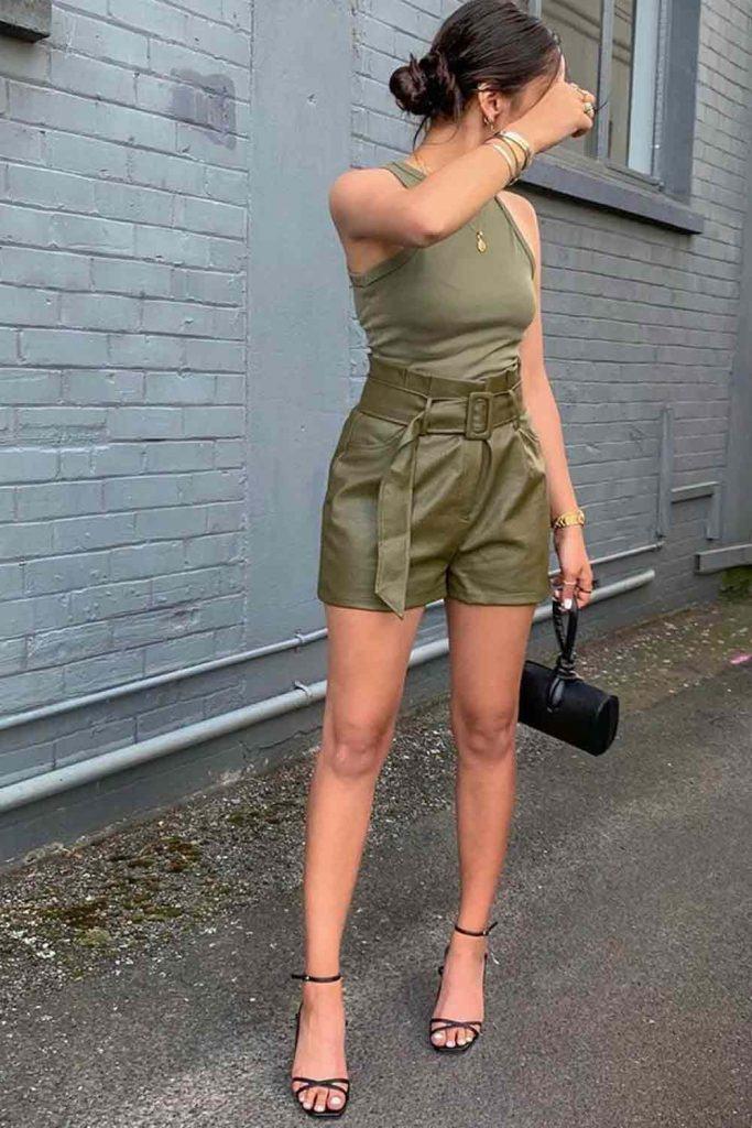 Khaki Monochromatic Outfit With Leather Shorts #khakishorts #leathershorts