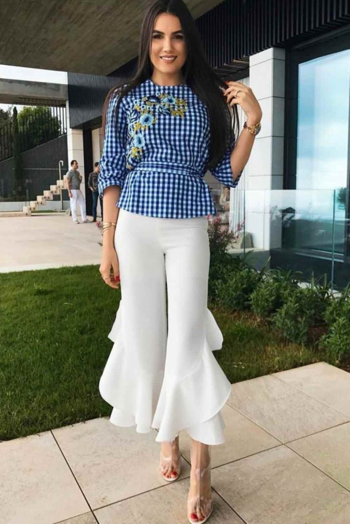 White Cropped Pants With Print Top #whitepants
