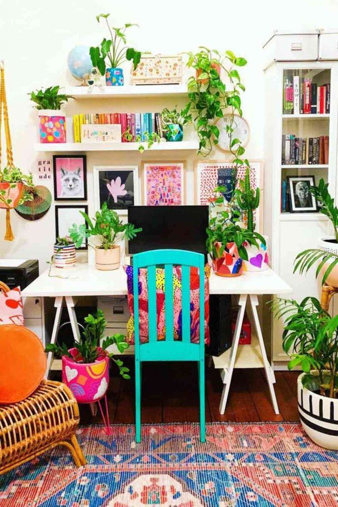 Work Space With Wall Pictures Décor And Plants Accents #frameswalldecor