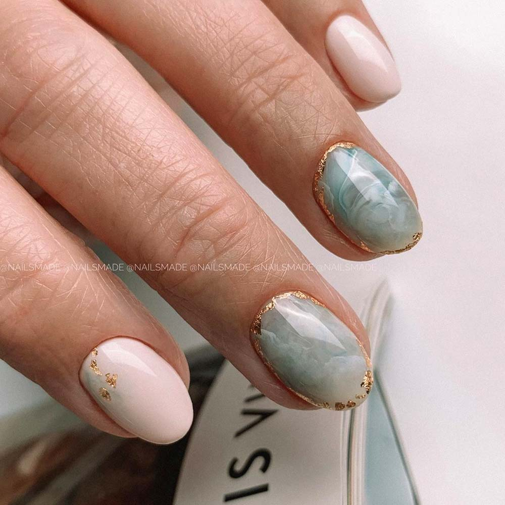 Marble Homecoming Nails Design