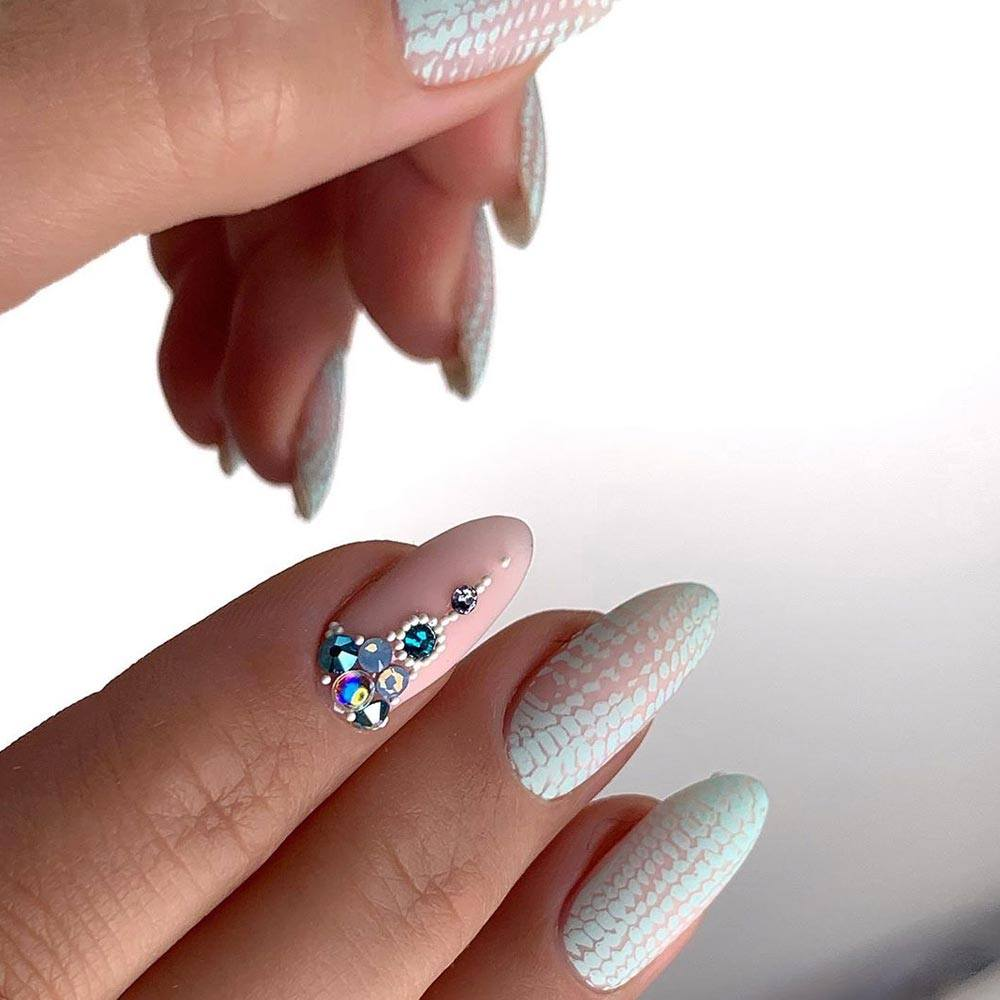 Homecoming Nail Trends with Rhinestones