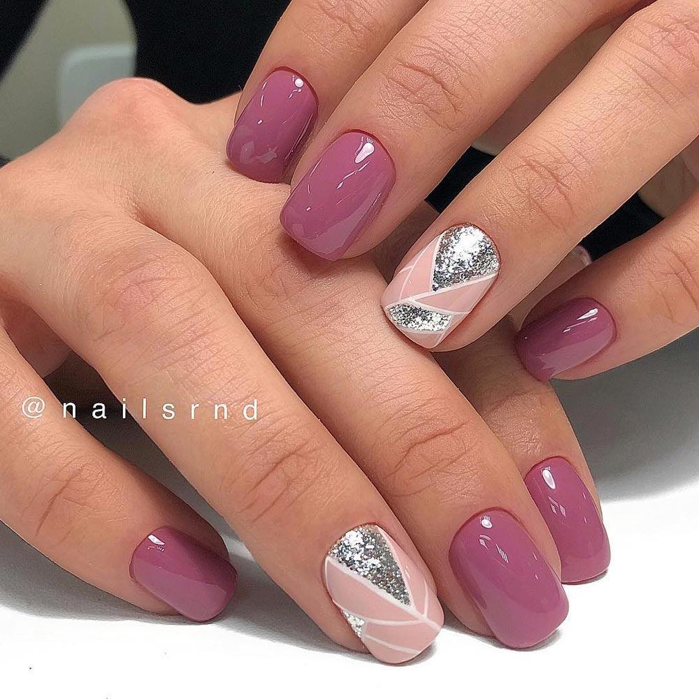 Stylish Geometric Pattern for Mauve Nails