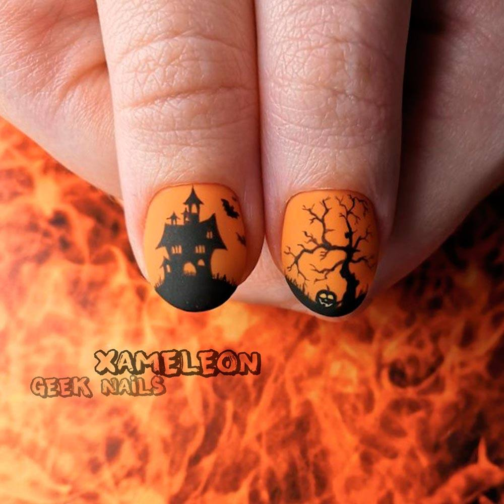 Classic Halloween Themed Nails Designs