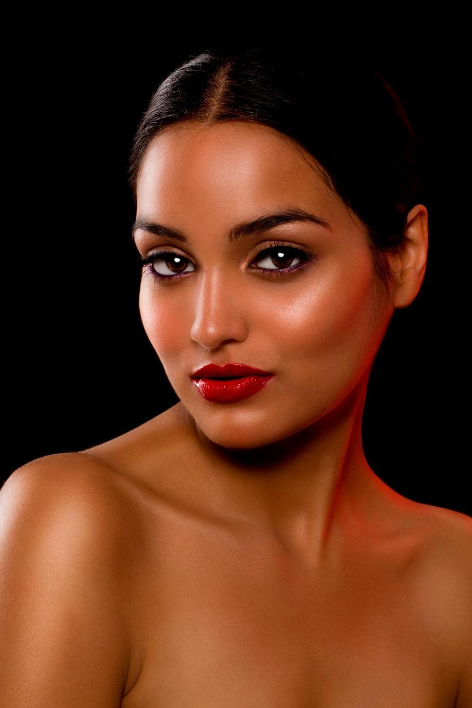 Lipstick Colors For Caramel Skin Tone
