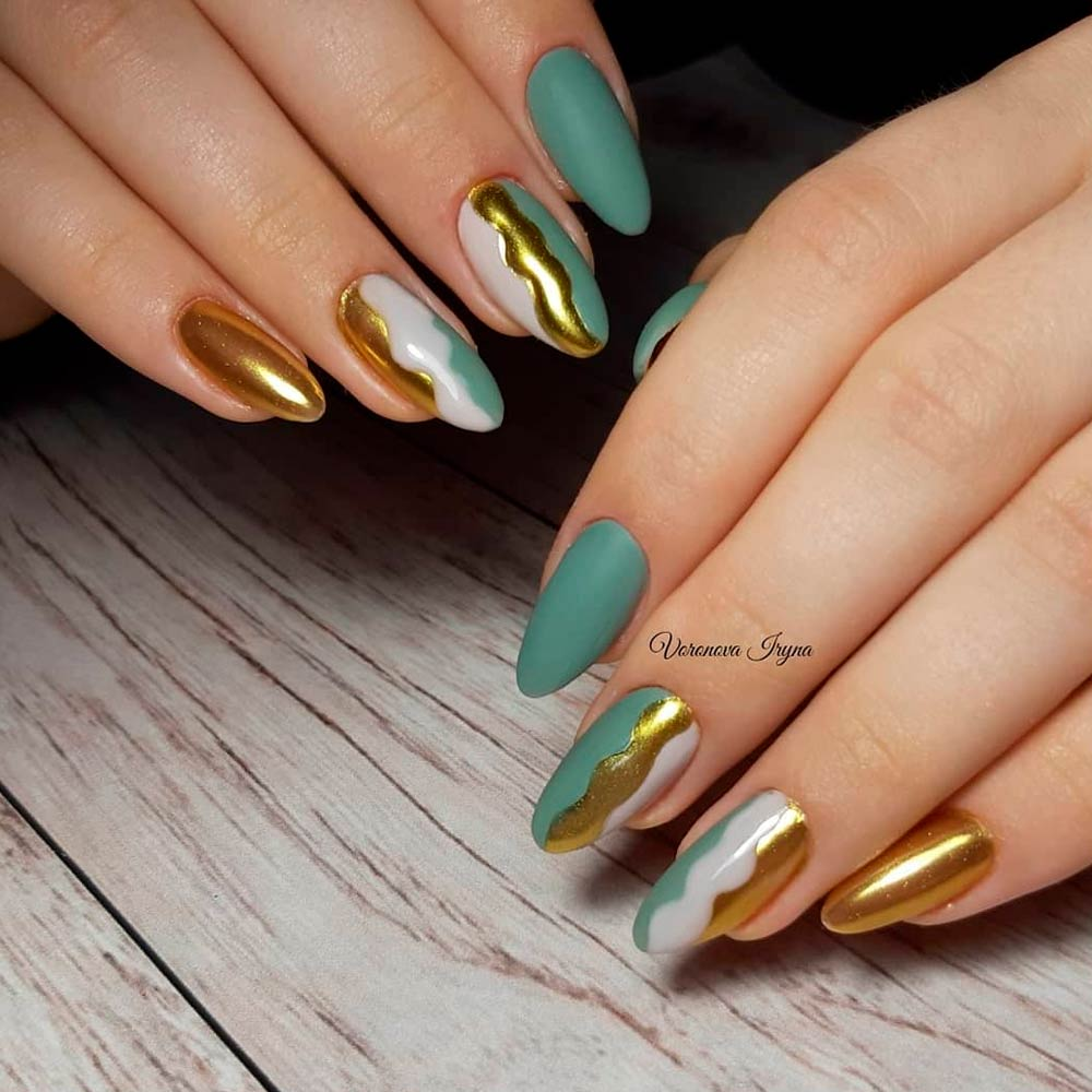 Trendy Thanksgiving Nail Art Designs