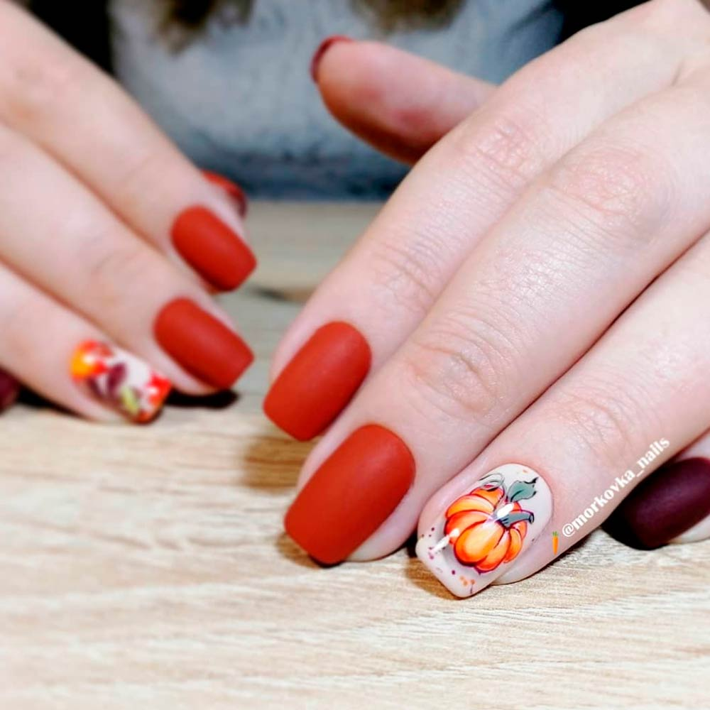 Fall Nails Designs With Pumpkins