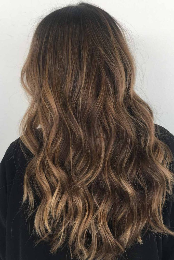 Long Wavy Hairstyle with Balayage