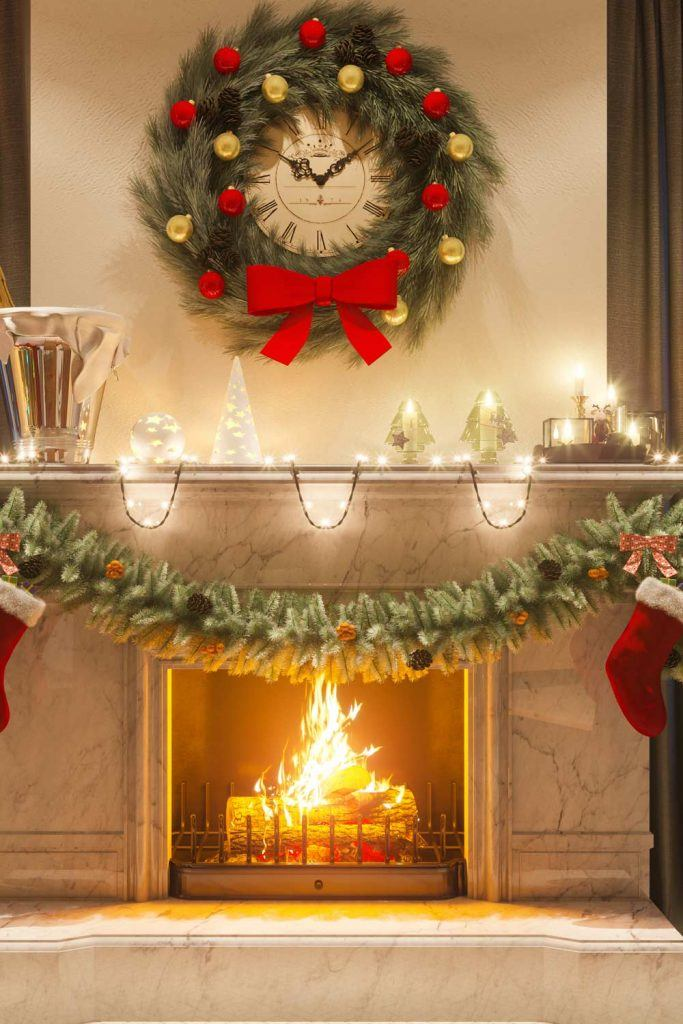 Beautiful Fireplace Decoration With Garlands