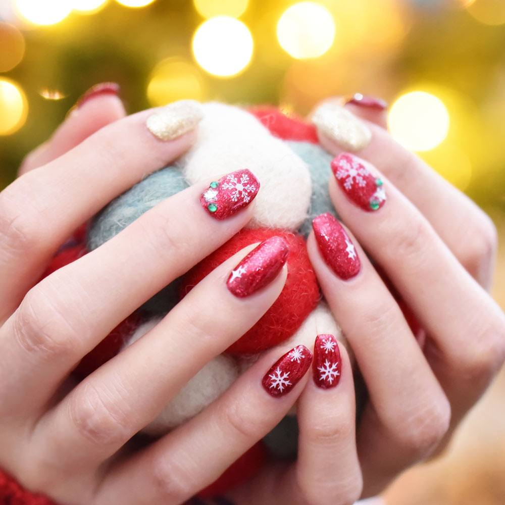 Glitter Christmas Nails with Snowflakes