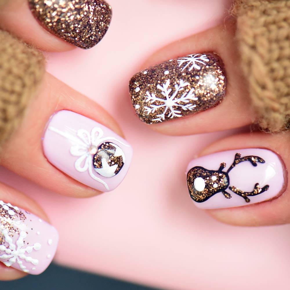 Christmas Nails With Winter Theme Nail Art