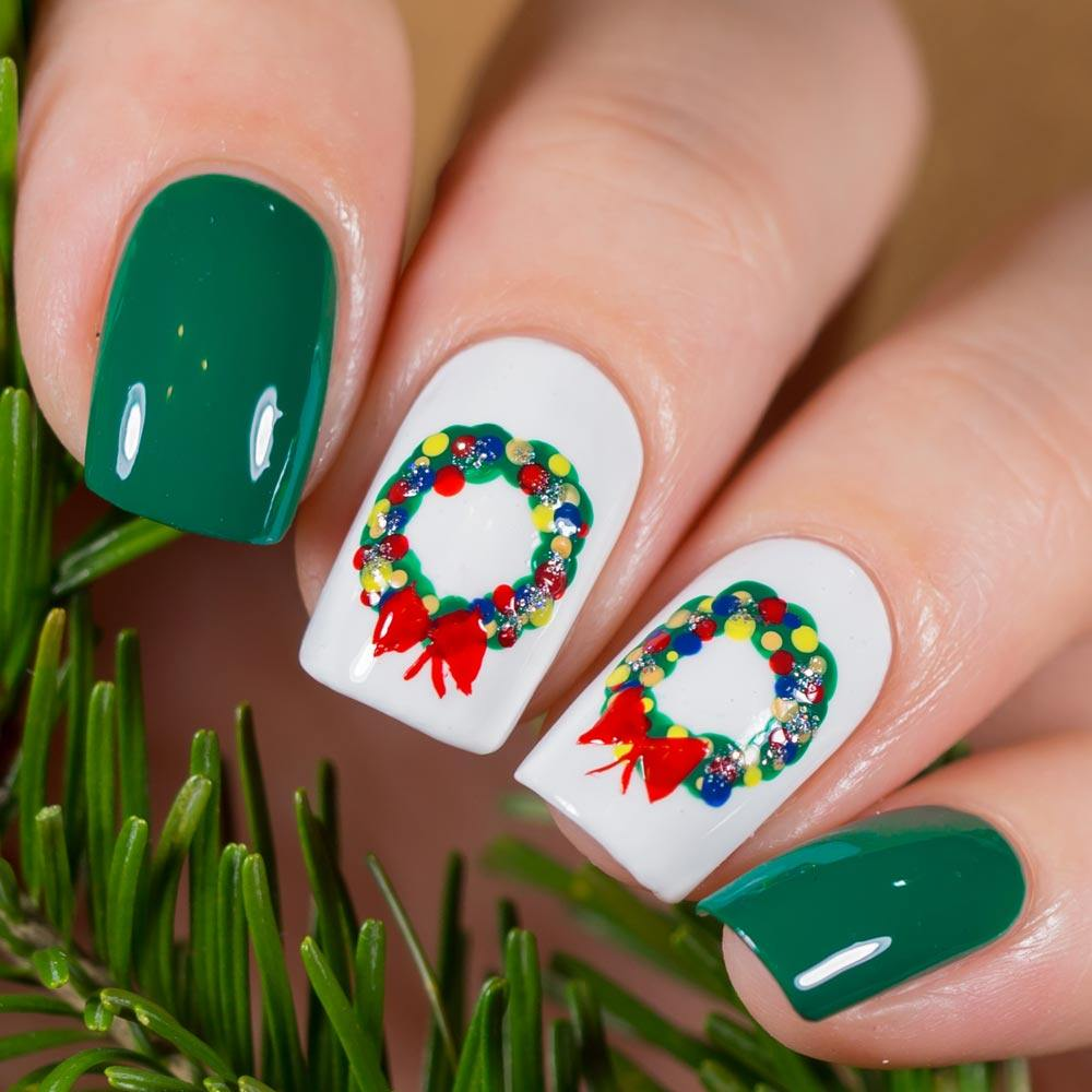 Christmas Nails with Wreaths