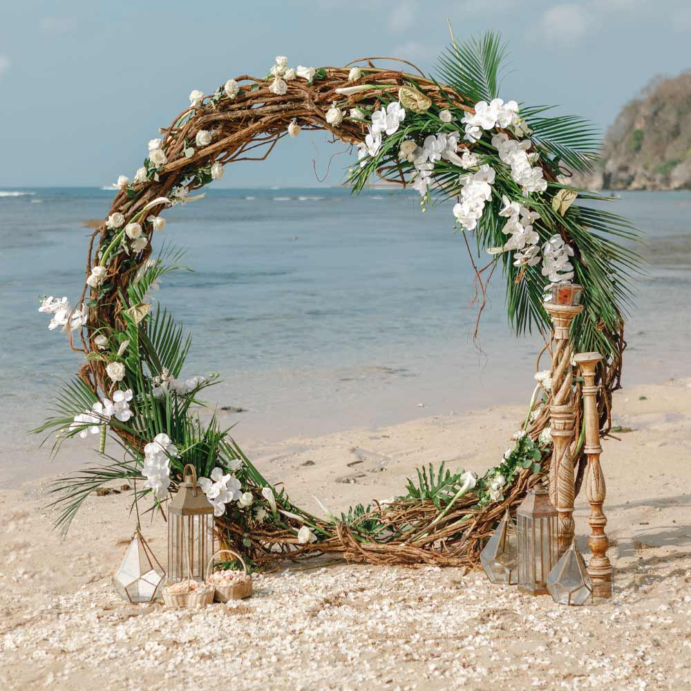 Round Wedding Arch for Beach Wedding