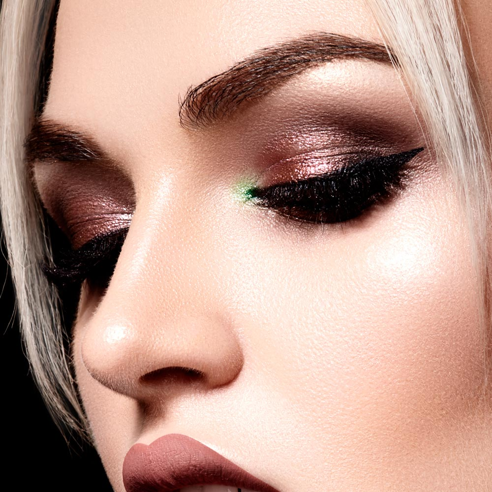 Makeup Ideas for Round Eye Shape