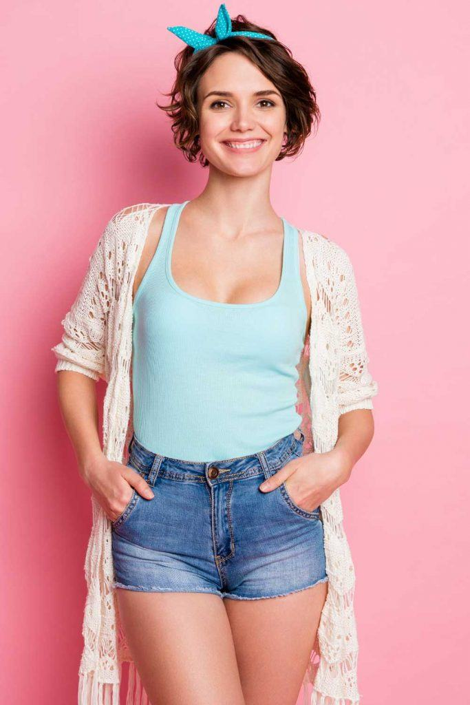 How to Wear a Cardigan with Denim Shorts