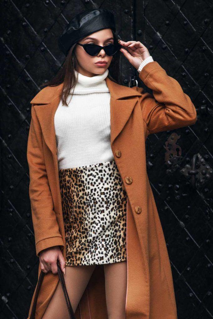 Short Leopard Skirt Outfits