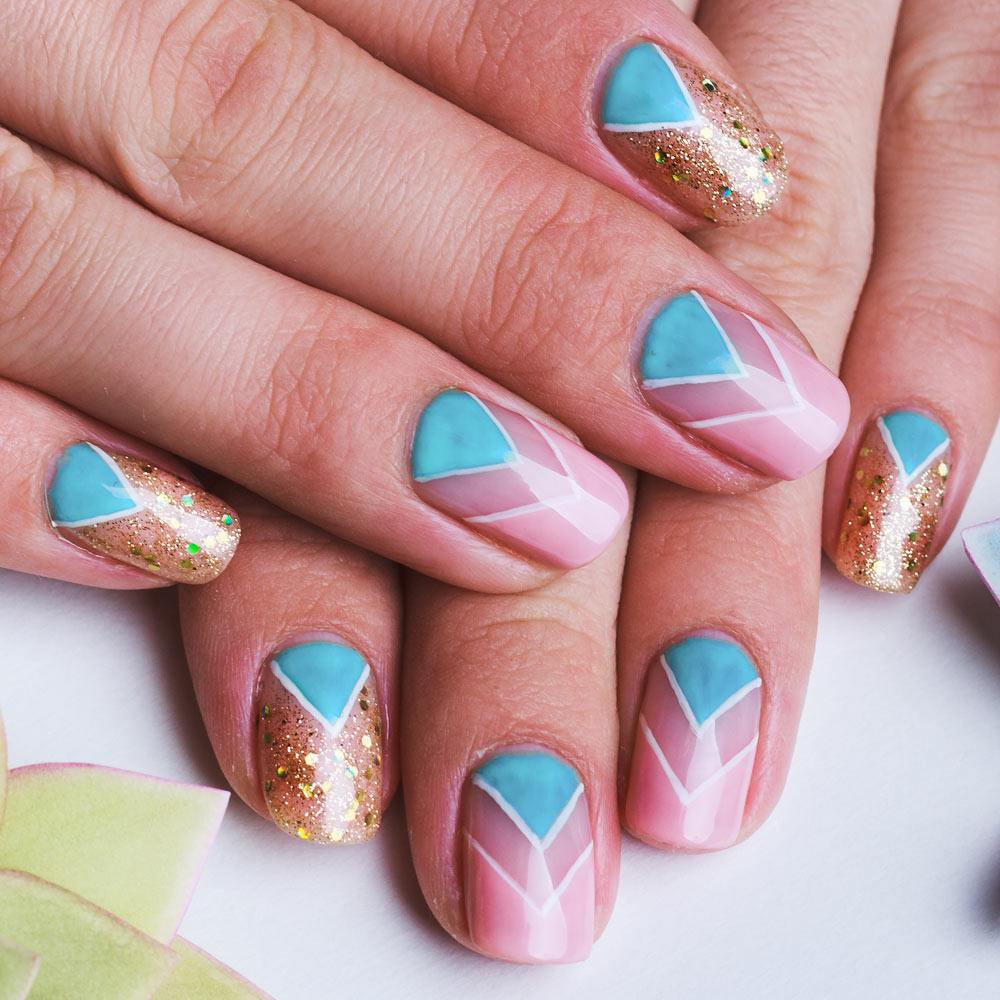Chevron Patterned Nails