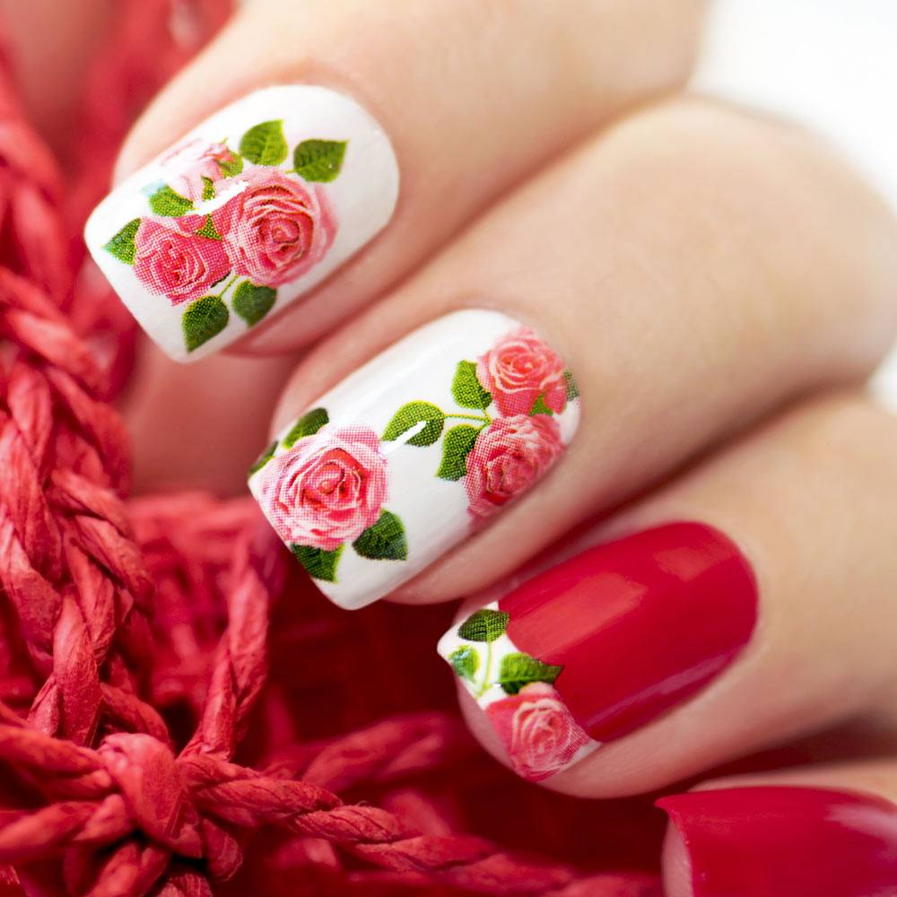 Floral Spring Nails with Roses