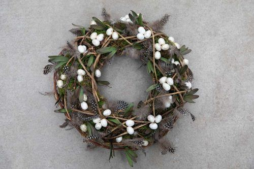 House-Warming and Welcoming Spring Wreaths for Friendly Homes