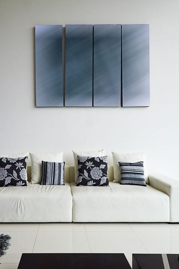 Minimalist Wall Decoration with Picture