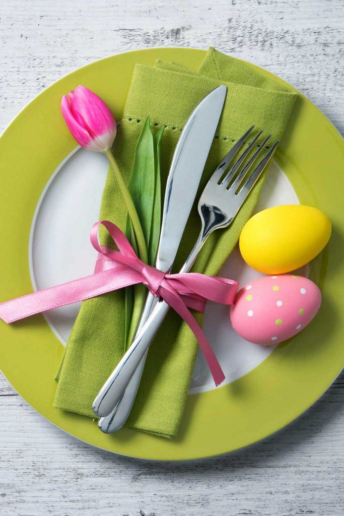 Easter Napkin Ring Idea with Tulip