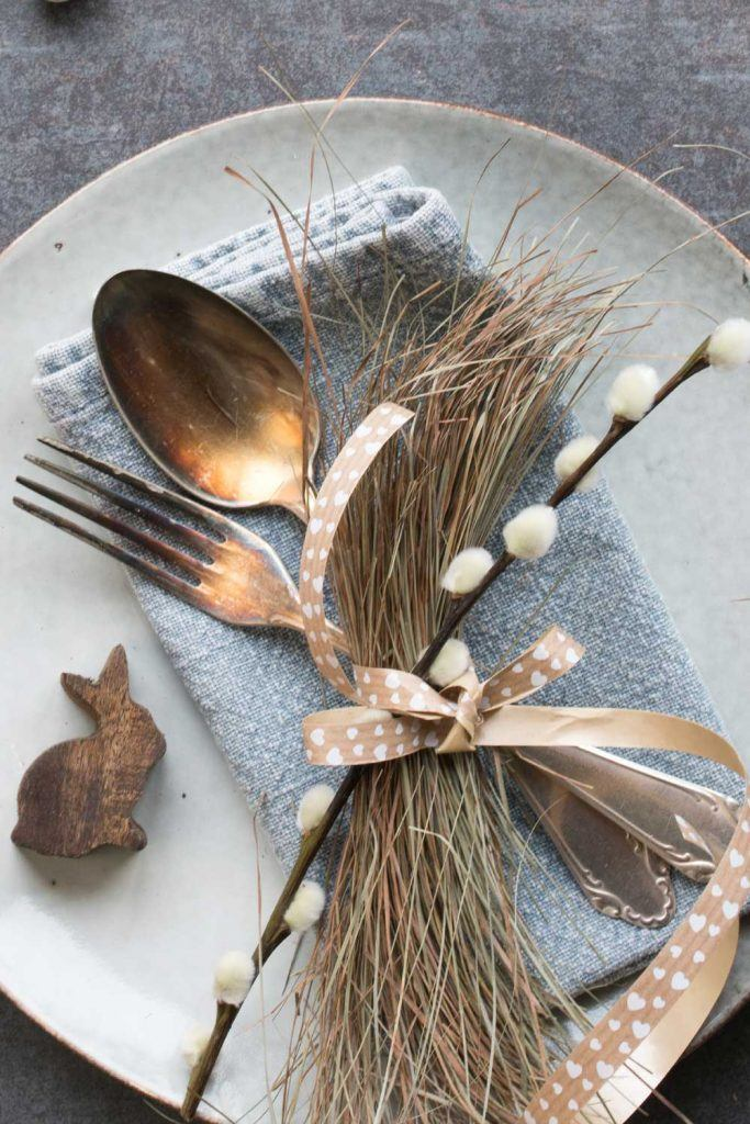 Natural Napkin Ring Idea for Easter