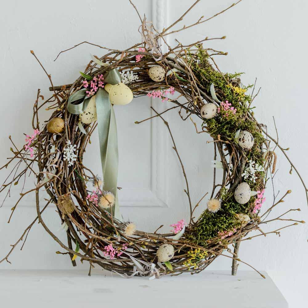 Easy Easter Wreath Design