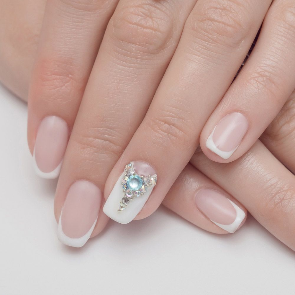 White French Maniqure with Accented Nail
