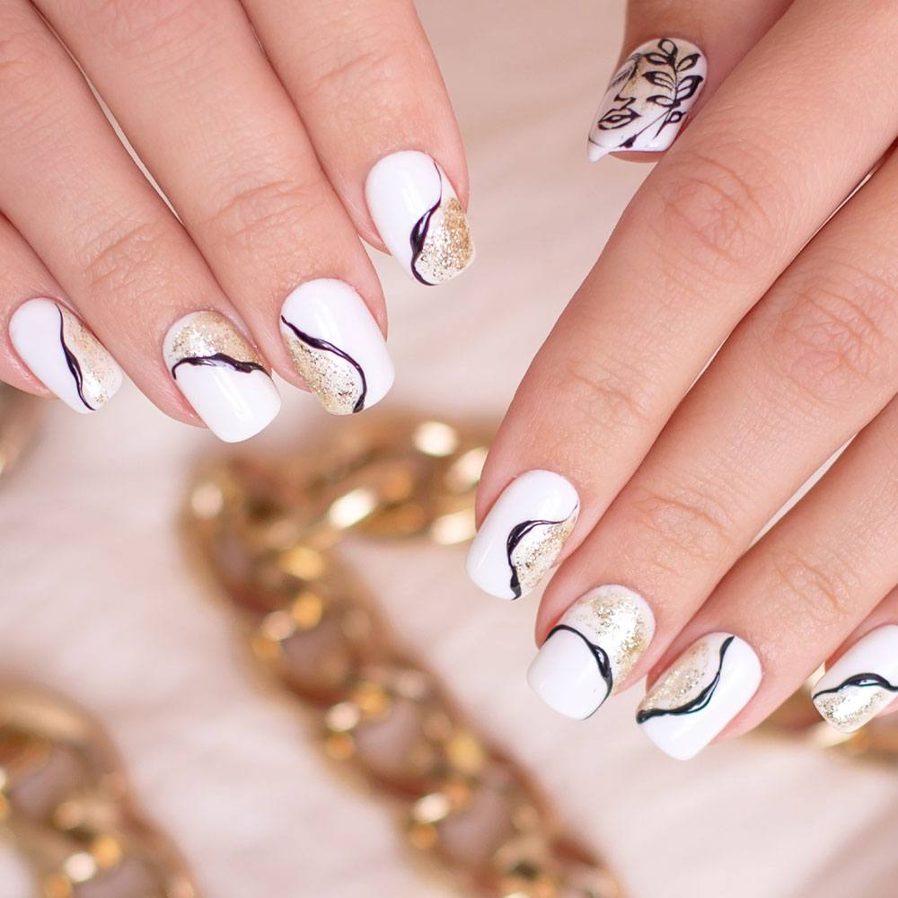 Marble Nails with Gold Glitter