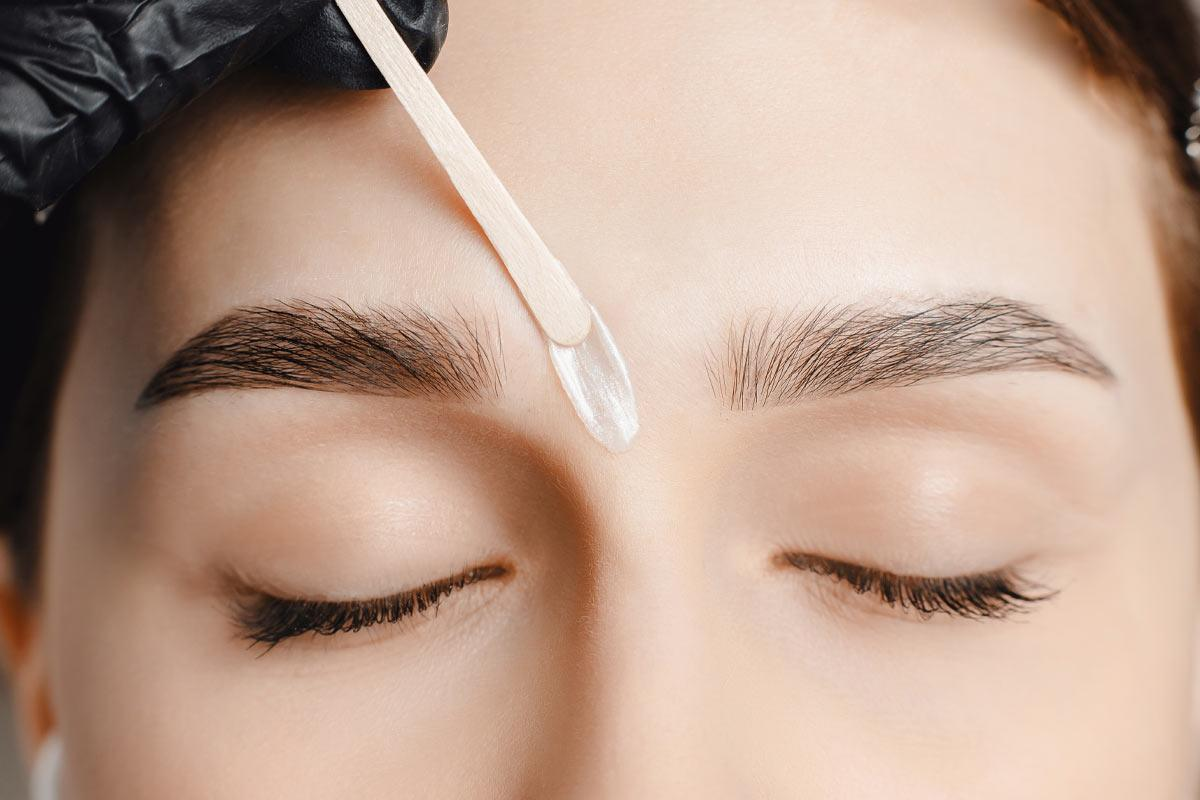 The Tiny Nuances Of Eyebrow Waxing Every Girl Needs to Know