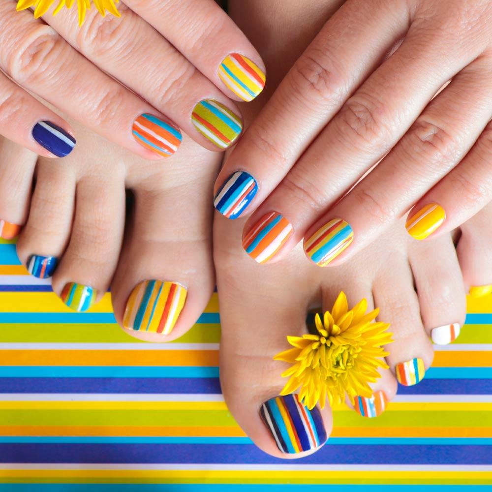 Matching Toe and Nails Designs